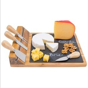 Magnetic Deluxe Cheese Board Platter